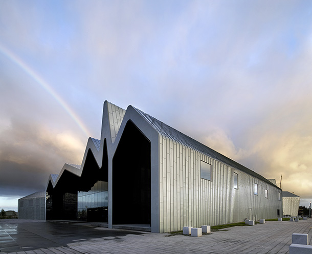 glasgow riverside museum of transport by zaha hadid