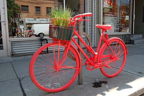 Street art: The Good Bike Project (photo by Morgan Passi)
