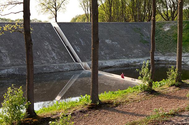 'Moses Bridge' by Ro&Ad Architecten