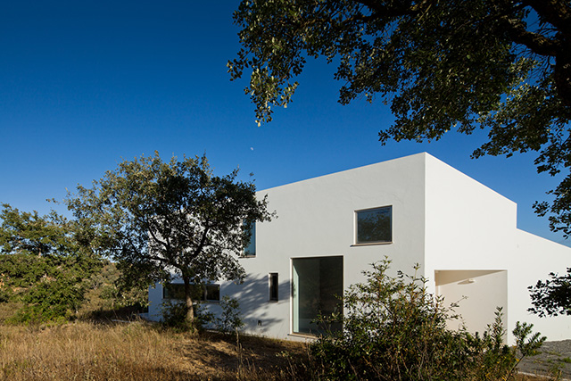House in Odemira by Vitor Vilhena Architects