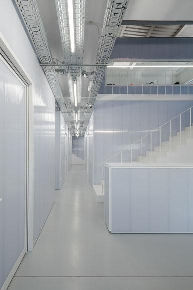 Controlar Headquarters by Adoff.Zurcatnas Arquitetos Associados
