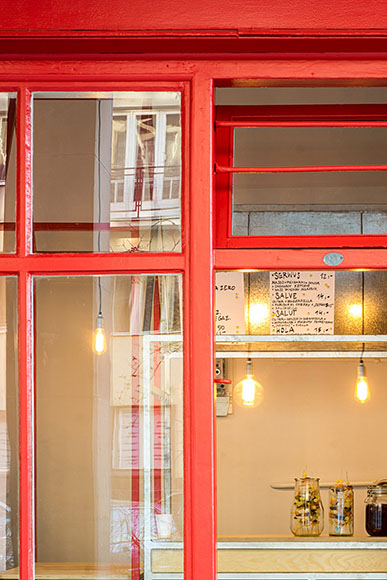 Serwus - Zapiekanka Bar by MFRMGR