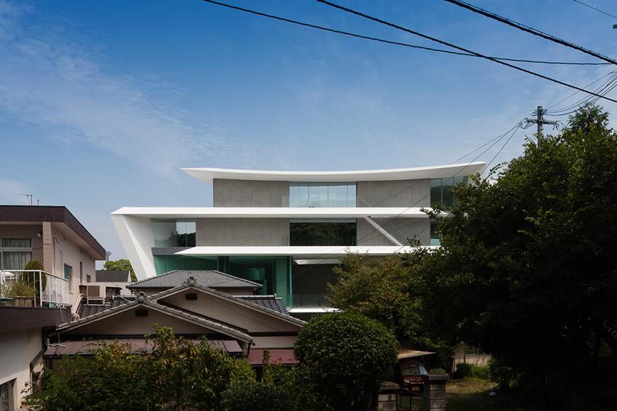 Kitchenhouse Showroom by Kubota Architect Atelier