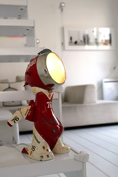 'Urban Lights' - Sculptural Robot Lamps by Nanan