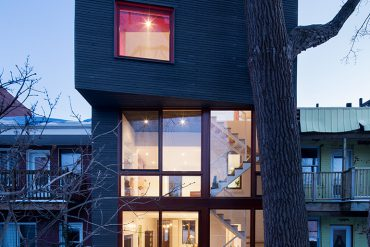 Hôtel-de-Ville Residence in Montréal by Architecture Microclimat