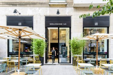 The First Moleskine Caf? in Milan
