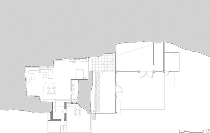 'Cuevas del Pino' House in Spain by UMMOestudio