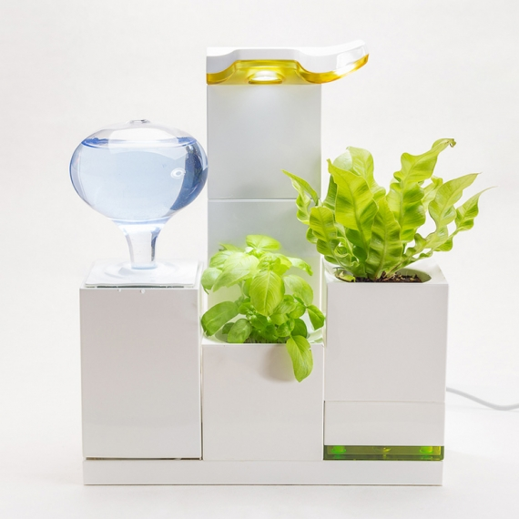 LeGrow - LEGO-Like Indoor Gardening System by Winmart Design