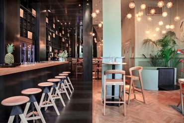 ZONA Restaurant and Wine Bar in Budapest by POSITION Collective