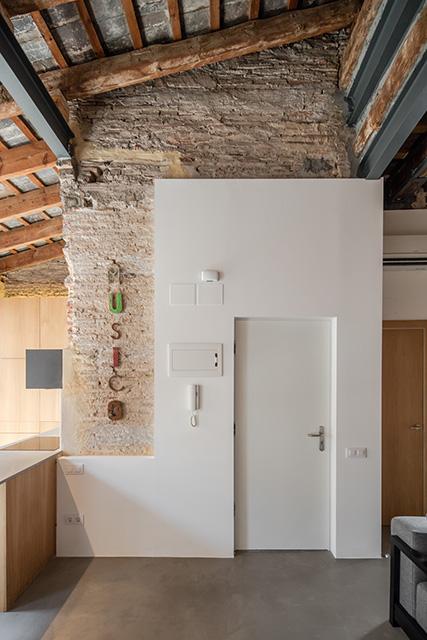 Musico Iturbi Apartment in Valencia by Roberto di Donato Architecture