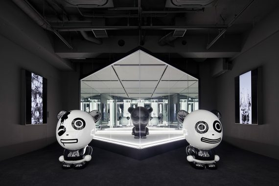 HIPANDA Streetwear Store in Tokyo Combines Interior Design and Augmented Reality