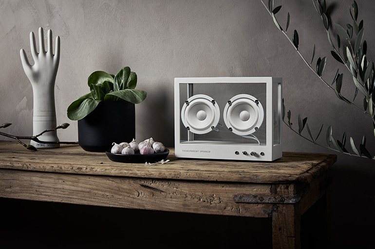 Minimalist Transparent Speakers by Transparent Sound