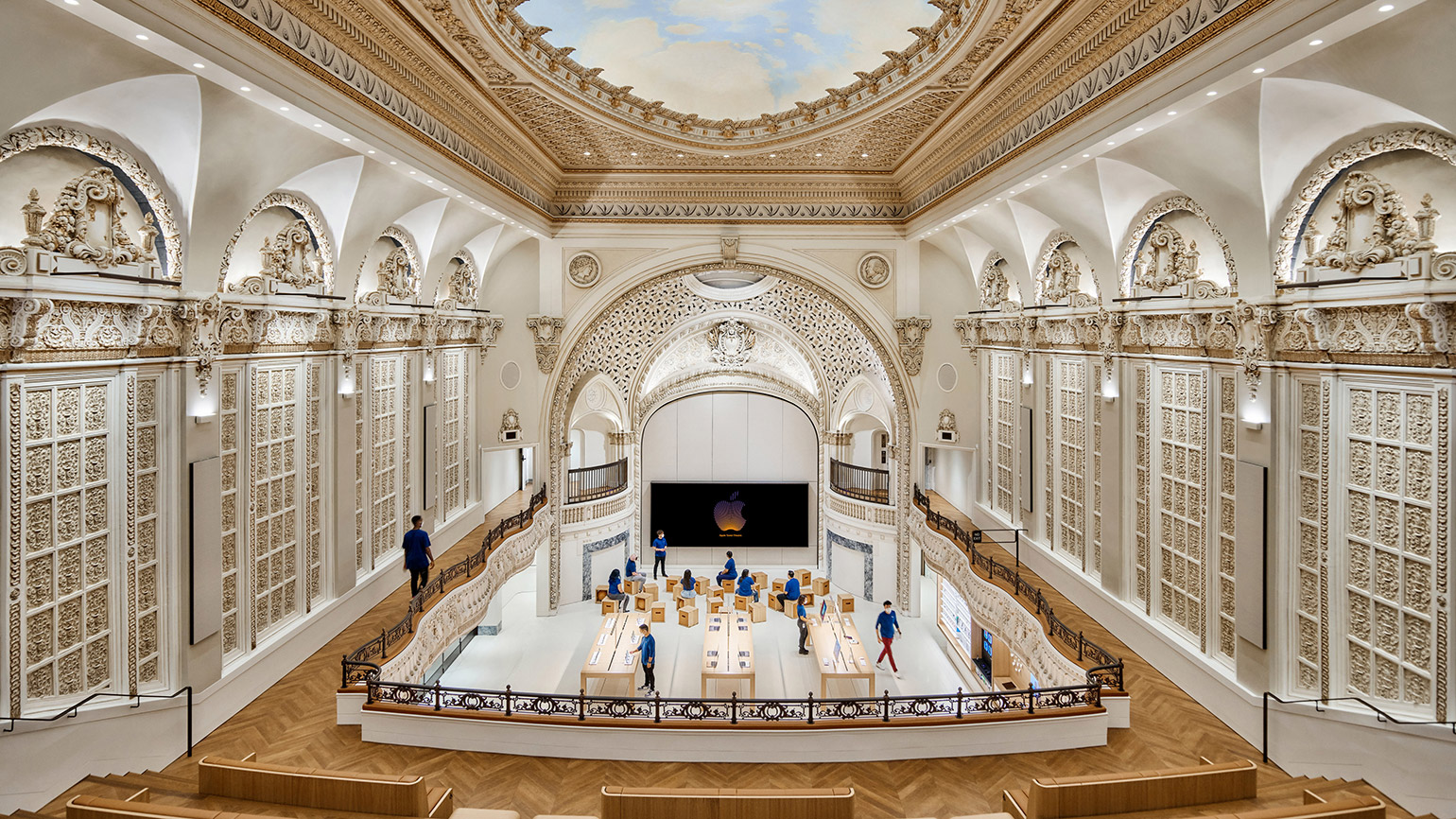 New Apple Store by Foster + Partners Opens in Los Angeles' Historic Tower Theater